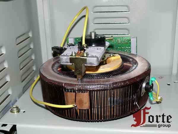 Устройство стабилизатора электромеханического принципа действия